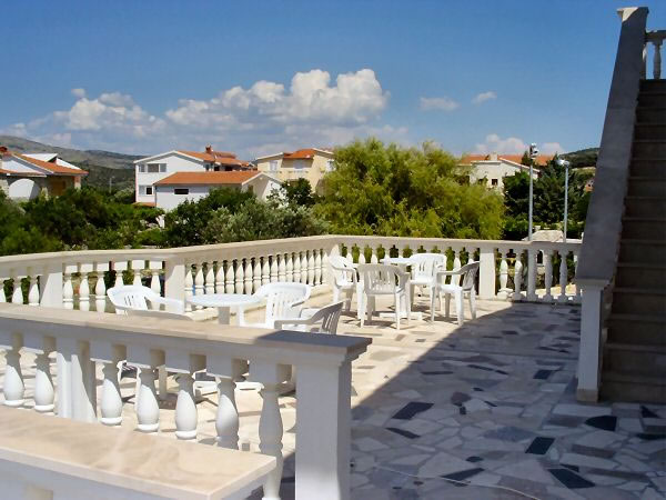 Beautiful Holiday Villa With A Pool Rogoznica