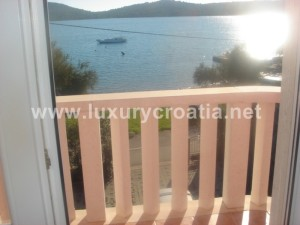 Beautiful Seafront Villa for sale Pirovac