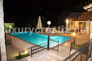 Stone chateau for rent, near Dubrovnik - Croatian villas holidays