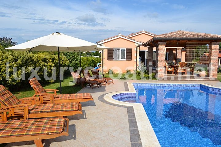 Holiday Villa With A Pool Kastelir Istria
