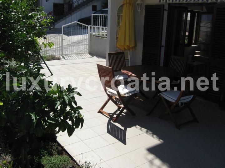 House With A Beautiful View Ciovo Luxurycroatia Net