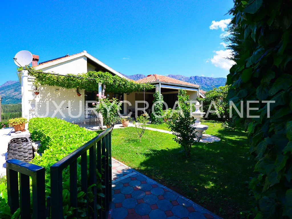 Villa With A Pool For Rent Dubrovnik Area