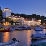 Seafront Luxury Castle for Rent, Maslinica Solta Island