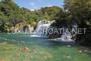 Krka waterfalls - daily excursions by Luxurycroatia.net
