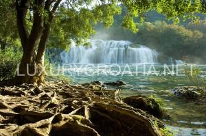 800px-Nacionalni_park_Krka
