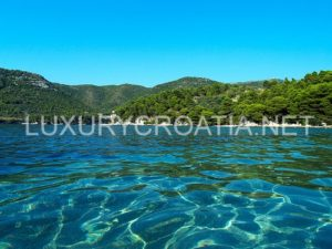 Seafront-house-for-sale-Trstenik-Peljesac