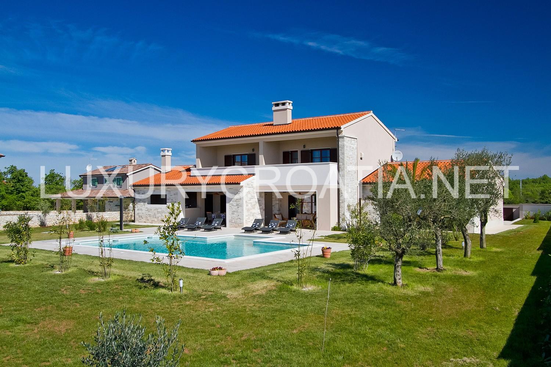 Villa With Pool For Rent Vodnjan Pula