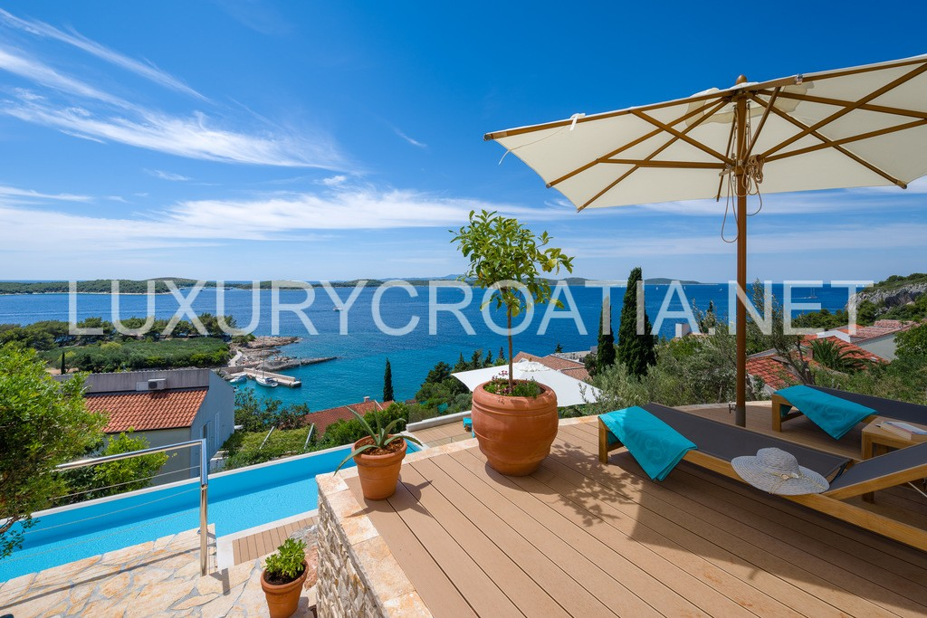 we are certified and licensed croatian real estate and travel agencyluxury croatia
