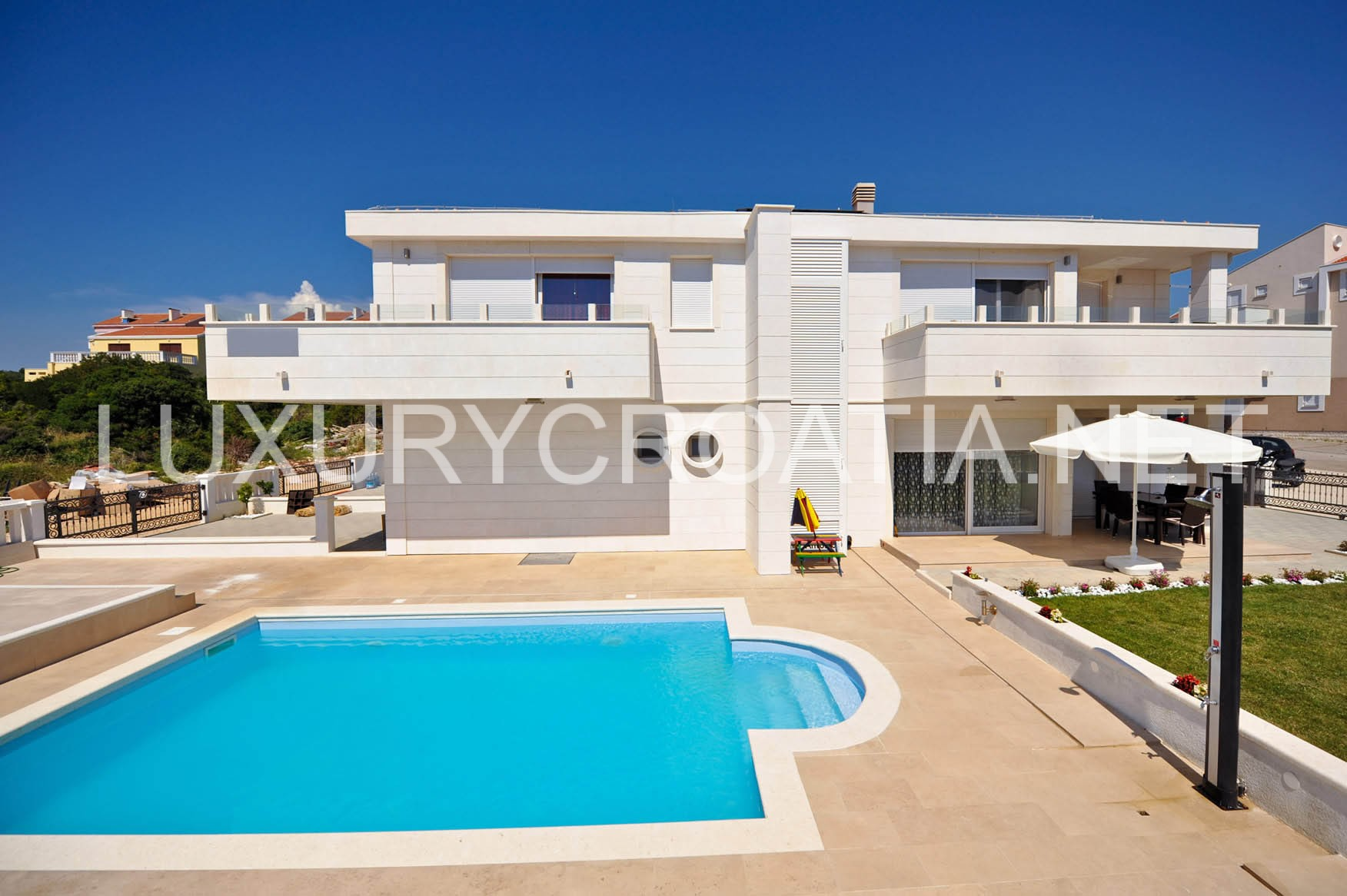 Zrce Beach Villas To Rent