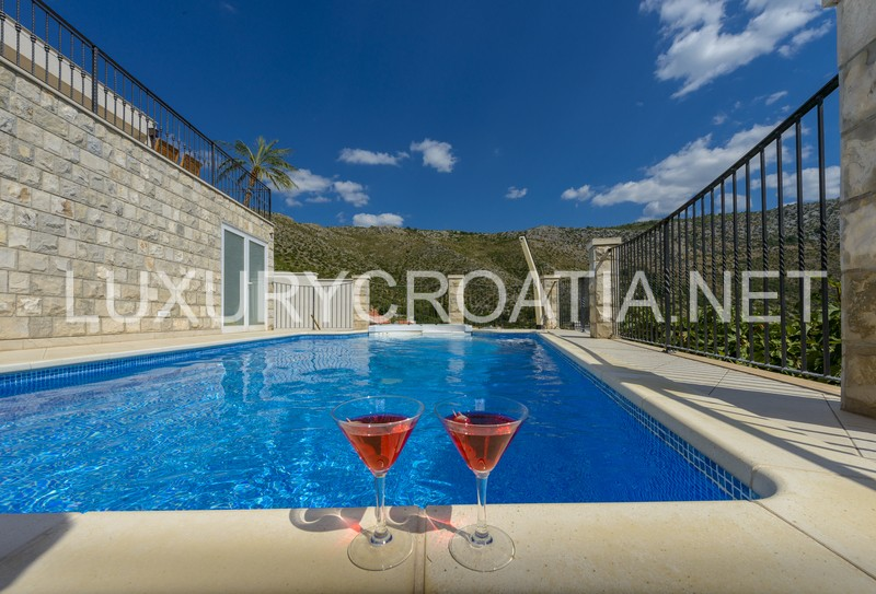 Villa With Pool And Seaview For Rent Zaton Dubrovnik