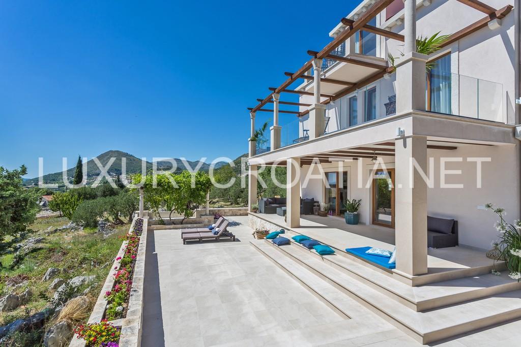 Exquisite Villa With Pool For Rent Orasac Dubrovnik