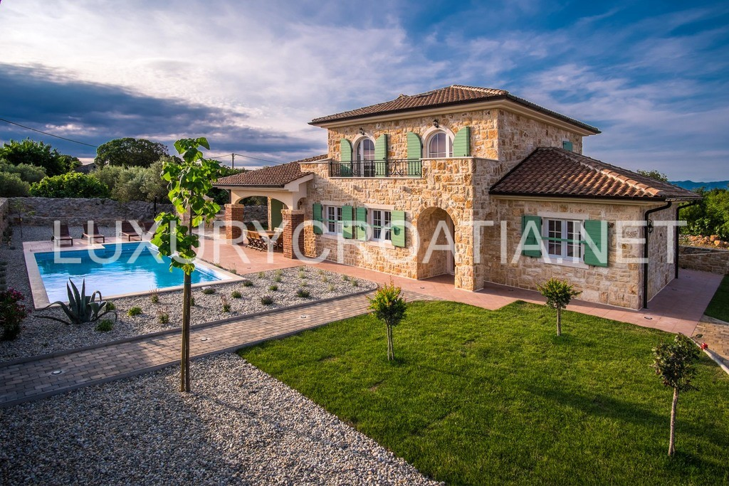 Cozy Stone Villa With Pool For Rent Krk Island