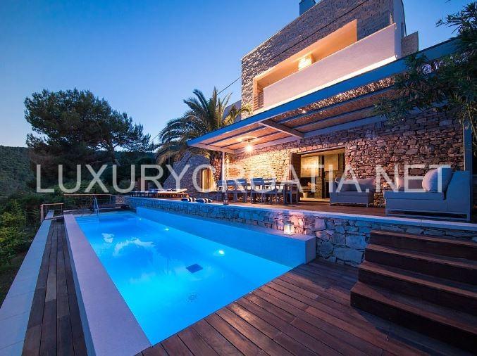 waterfront holiday villa for rent solta island croatia