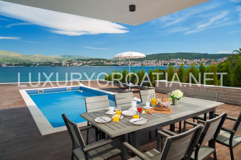 Luxurious Modern Villa With Pool For Rent Ciovo Croatia