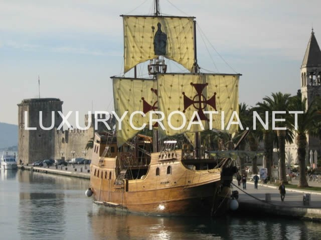 Trogir UNESCO protected heritage site - daily excursions by LuxuryCroatia.net