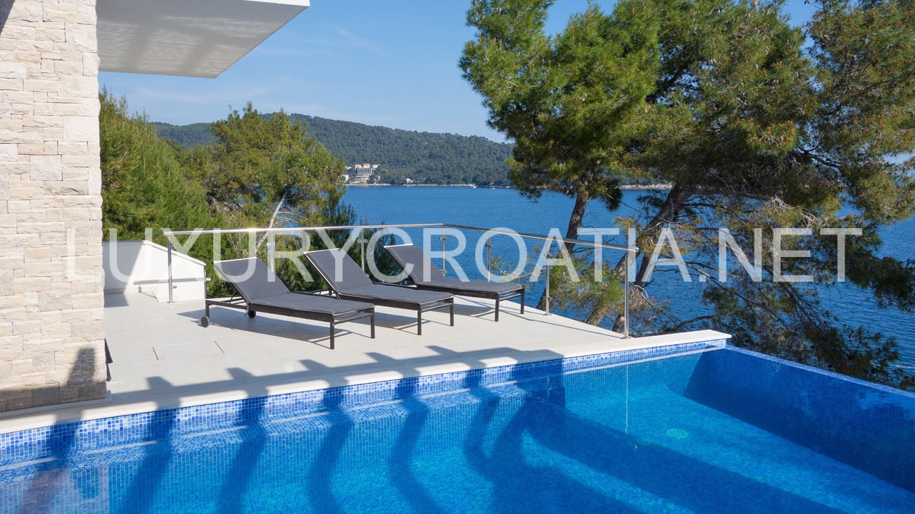 Water Front Holiday Villa With Pool Prizba Korcula