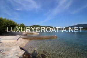 beach villa Korcula Vela Luka