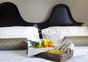 Historical hotel in center of Trogir old town, Croatia, rent