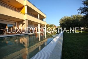 Villa in mediterranean style for rent, Hvar with 18 meter pool