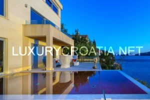 PREMIUM LUXURY POOL VILLA ON THE WATERFRONT IN DUBROVNIK