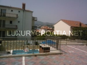 Apartment for sale on Ciovo, 100 meters from the sea