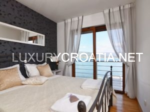 Beachfront Holiday Villa, Trogir