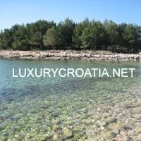 House near beach for sale on the island Vir, Zadar area