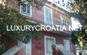 Land for sale with house, Ciovo, Trogir
