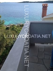FOR SALE SEAFRONT HOUSE NEAR VELA LUKA KORCULA