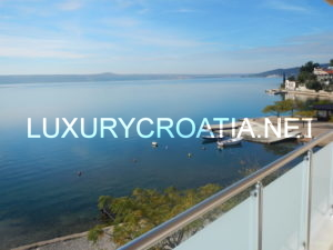 WATERFRONT APARTMENT FOR SALE, NOVIGRAD, ZADAR AREA