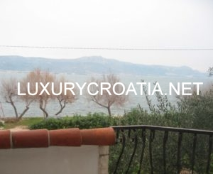 WATERFRONT HOUSE FOR SALE IN CIOVO, TROGIR AREA