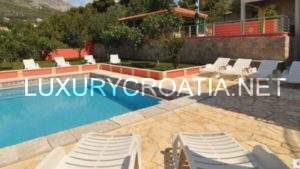 Villa for sale with a pool and a city view in Split area