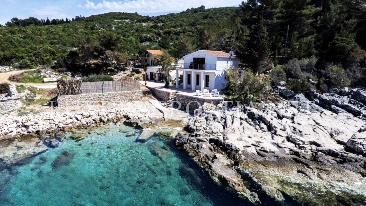 Seafront villa with swimming pool island of hvar luxury for Hvar tourismus
