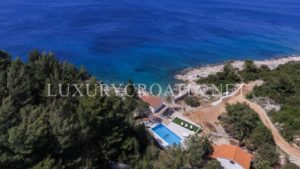 Hvar seafront villa for rent