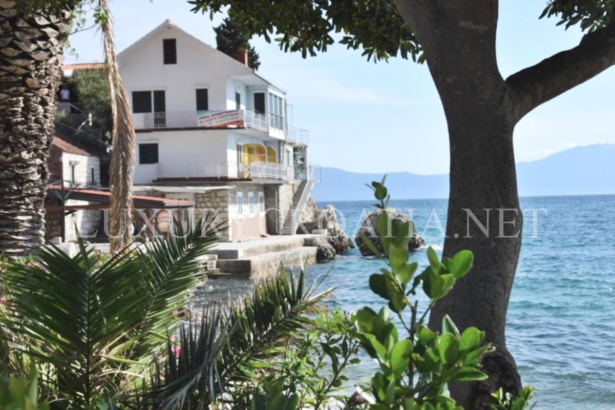 Great house for sale in makarska riviera luxury croatia net for Riviera house