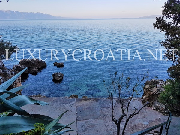 seafront house for sale croatia