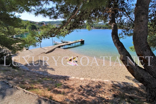 seafront villa for rent solta island croatia