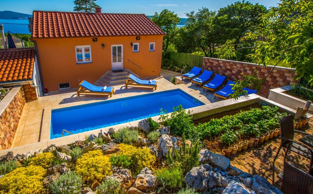Sea View Villa With Pool For Rent Crikvenica