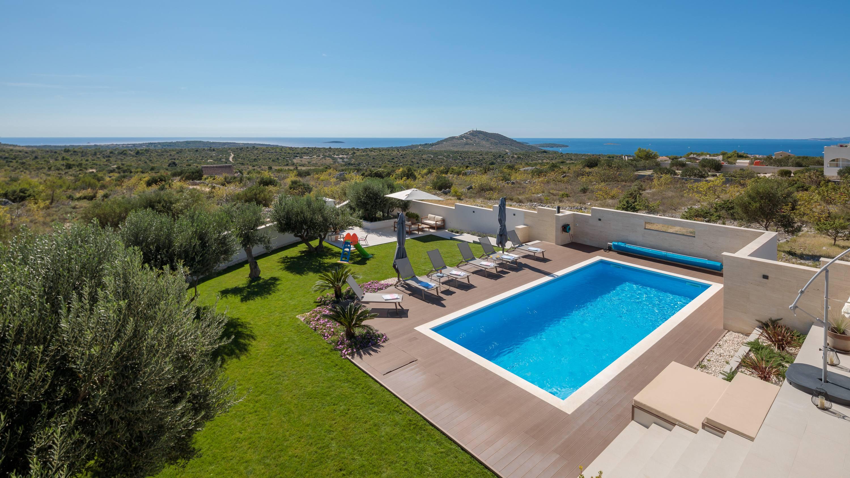 Luxury Villa With Pool For Rent Primosten Luxurycroatia