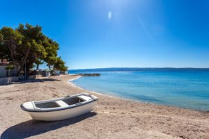 Visit Croatia - beach front villa for rent
