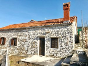 Stone house for sale on Island Brac