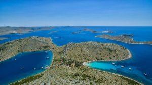 Croatia Pakostane area seafront house for sale