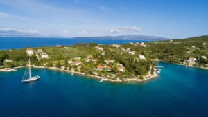 Croatia island Solta sea view house with apartments for sale